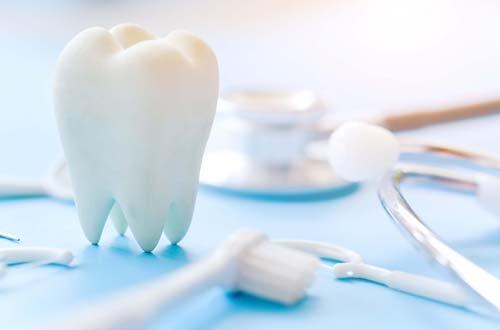 Стоматологическая клиника «Faceline» предоставляет широкий спектр услуг